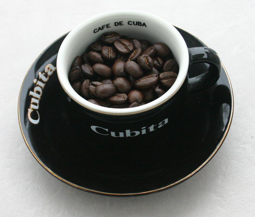 How To Make Cuban Coffee (Café Cubano) - A Sassy Spoon